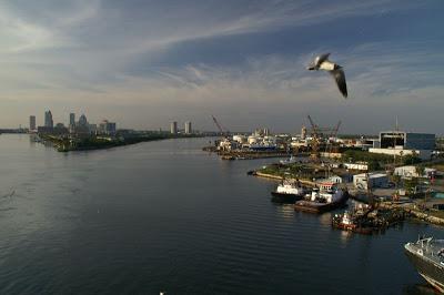 Auslaufen_in_Tampa5666150596713269258.jpg