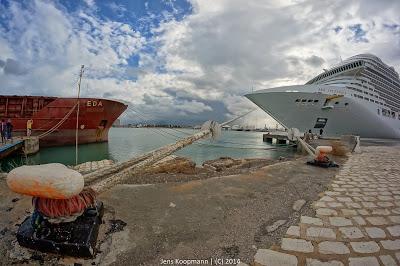 Kreuzfahrt-Mittelmeer-MSC-Splendida-03924.jpg