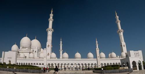 Abu-Dhabi-1140858-Bearbeitet