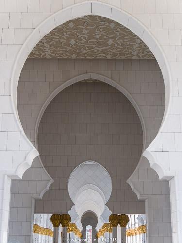 Abu-Dhabi-1140875