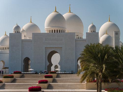 Abu-Dhabi-1140994