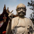 Eine Kreuzfahrt durch Asien – Tag 4 und 5: Ein Seetag, die Halong Bay und das Red River Delta
