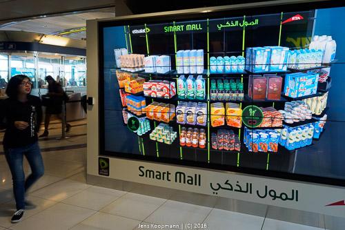 An diesem Terminal an der Metrostation konnte man virtuell einkaufen gehen