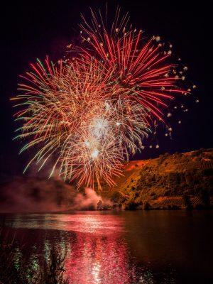 Feuerwerk an der Moselloreley bei Piesport