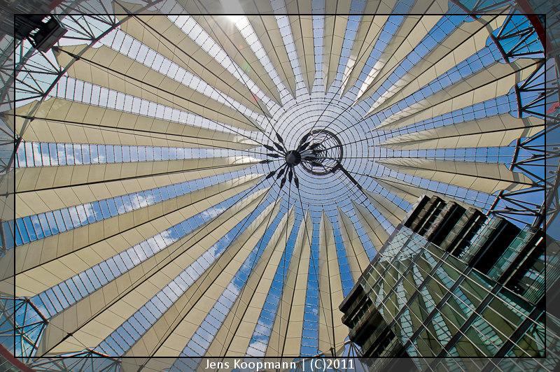 Architekturfotografie Lissabon Modern: Das Moderne Dach Von Berlin (Sony Center Potsdamer Platz